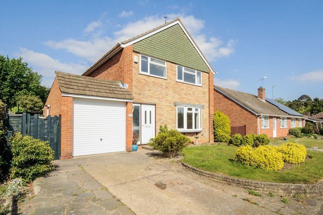 Thumbnail Property to rent in Turnville Close, Lightwater