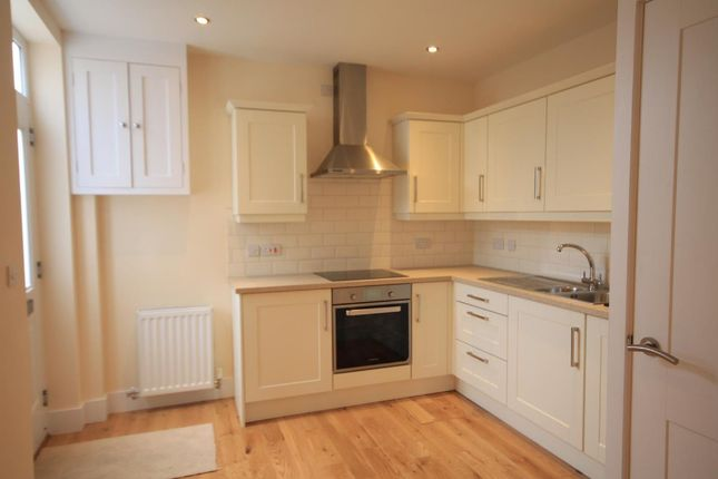 Thumbnail Flat to rent in East Street, Stamford, Lincs.