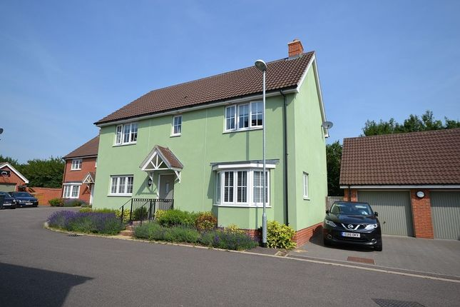 Thumbnail Detached house for sale in Colemans Close, Little Canfield, Dunmow