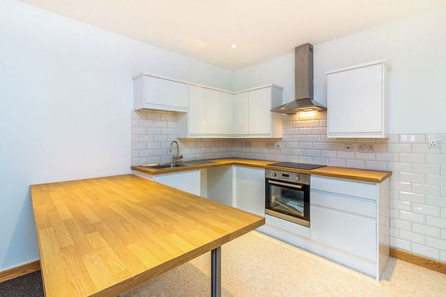 Thumbnail Flat to rent in Corporation Street, Rotherham
