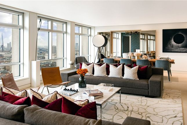 Thumbnail Flat for sale in Centre Point Residences, 103 New Oxford Street, London