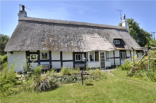 Thumbnail Cottage for sale in Green Lane, Hardwicke, Gloucester