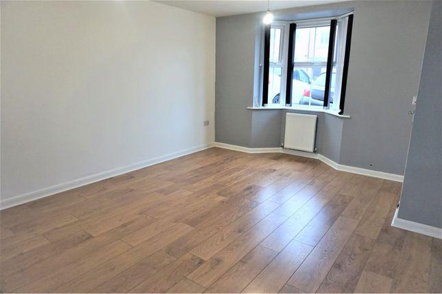 Sitting Room of Andrews Walk, Blackburn BB2