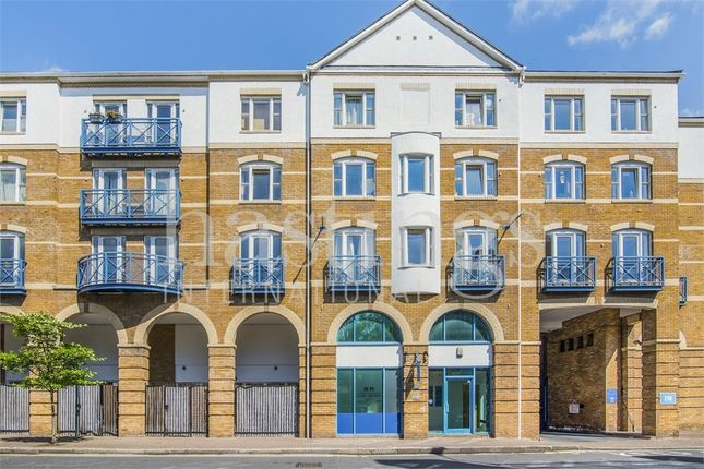 Thumbnail Flat to rent in Balmoral Court, Rotherhithe Street, London