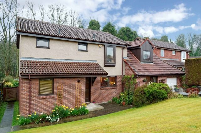 Thumbnail Detached house for sale in Southerton Gardens, Kirkcaldy, Fife