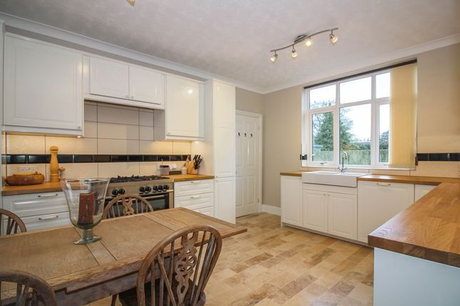 Thumbnail Detached house for sale in Walnut Walk, Frome