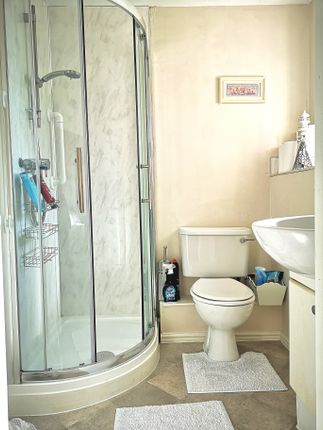 En Suite of Heritage Way, Gosport PO12