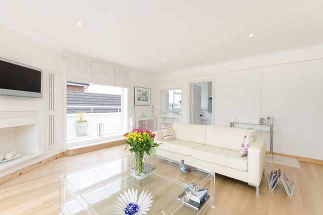 3 bed flat for sale in West Hill, West Hill