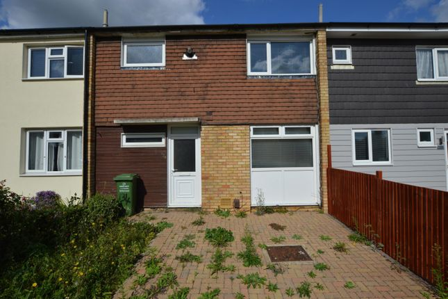 3 bed property to rent in Lincoln Road, Basildon SS14