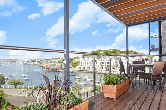 Thumbnail Flat for sale in Causeway View, Plymouth