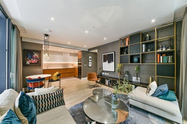 Thumbnail Flat to rent in 14, Piazza Walk, London