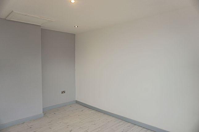 Bedroom of Saunders Road, Blackburn BB2