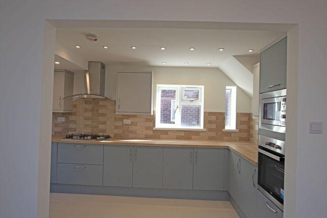 Kitchen of Meadow Road, Henley-In-Arden B95
