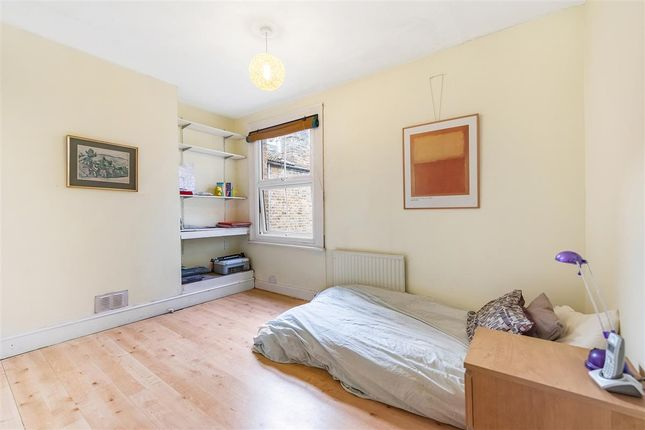 Second Bedroom of Wimbledon Park Road, London SW18