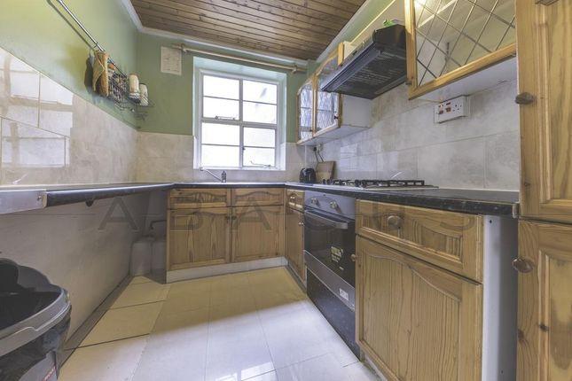 Thumbnail Flat for sale in Hillcrest Court, Shoot Up Hill, Kilburn