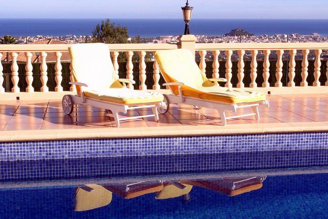 Thumbnail Villa for sale in Alicante, Denia, Spain