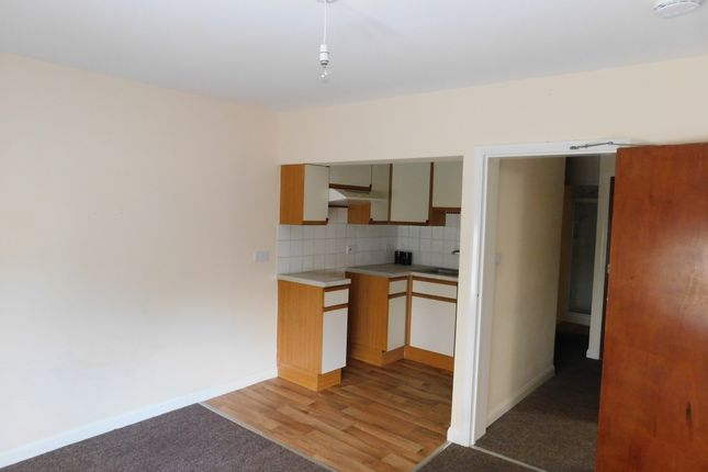 Thumbnail 3 bed flat to rent in Marlborough Road, Ilfracombe