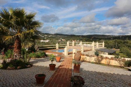 Image 8 4 Bedroom Villa - Central Algarve, Santa Barbara De Nexe (Jv10124)