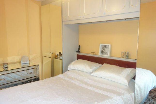 Master Bedroom of The Avenue, Pontygwaith CF43