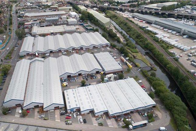 Thumbnail Light industrial to let in Kelvin Way Trading Estate, Kelvin Way, West Bromwich
