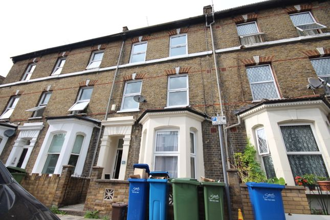 Thumbnail Terraced house to rent in Brook Drive, London