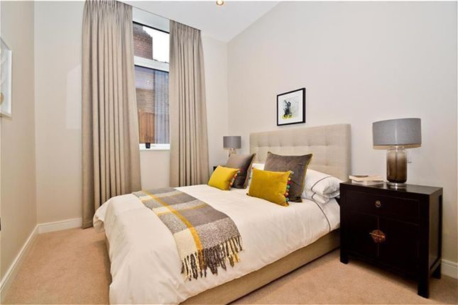 Thumbnail Flat for sale in Research House, Frasar Road, Perivale