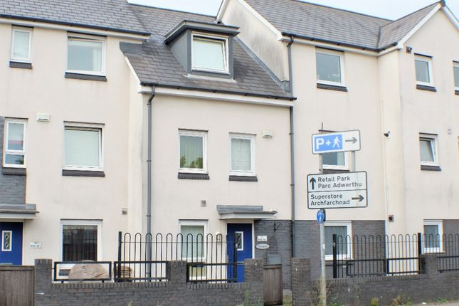 3 bed town house to rent in Brunel Way, Copper Quarter, Swansea SA1