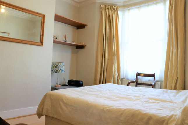 Room to rent in Astbury Road, London