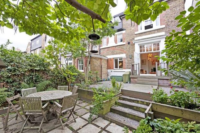 Thumbnail Flat for sale in Telford Avenue, Telford Park, London