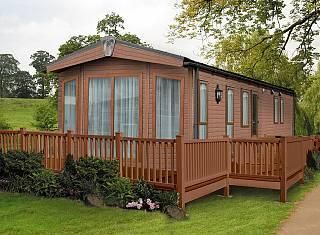 Thumbnail Mobile/park home for sale in East Bergholt, Colchester