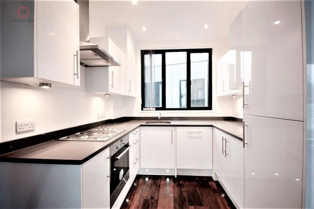 Thumbnail Flat to rent in Old Street, Shoreditch, London