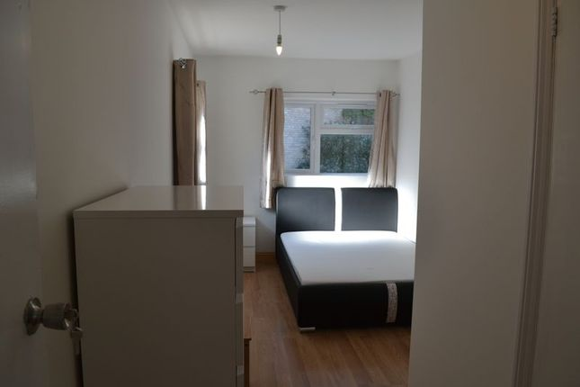Thumbnail Property to rent in Cromwell Road, Cambridge