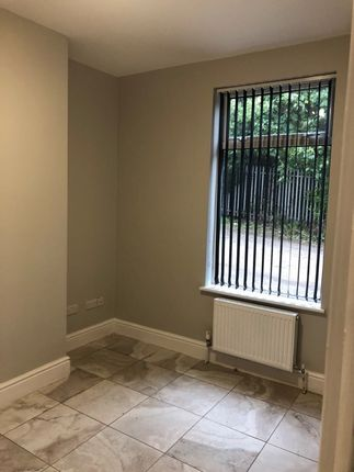 Thumbnail Room to rent in Sylvester Avenue, Balby