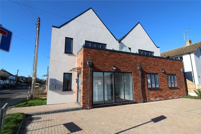 1 bed flat for sale in York Road, Rochford, Essex SS4