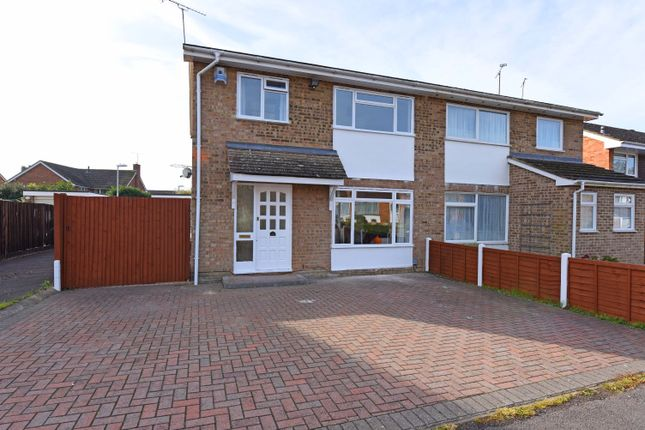 Thumbnail Semi-detached house to rent in Charwood Road, Wokingham