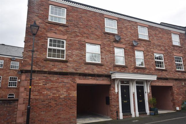 Thumbnail Flat to rent in Gower Hey Gardens, Hyde