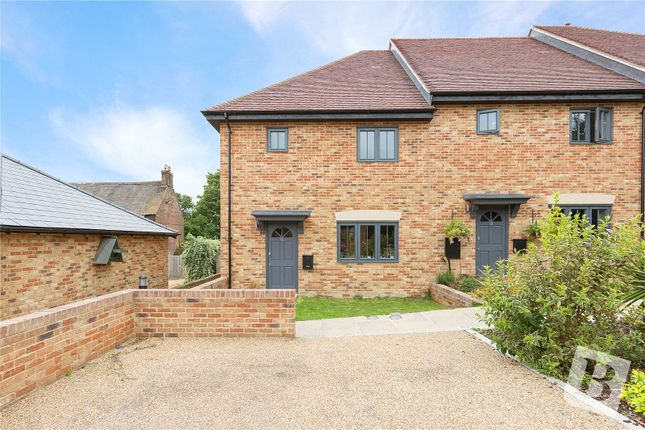 3 bed end terrace house for sale in Courtsole Farm, Pond Hill, Cliffe, Rochester Kent ME3