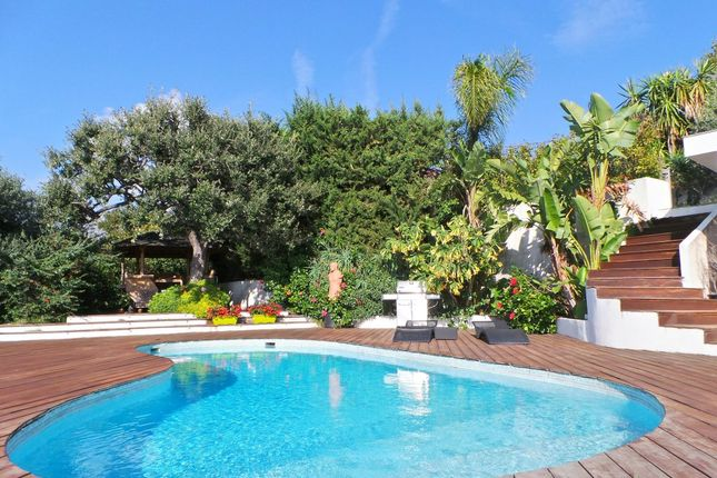 Thumbnail Villa for sale in Menton, 06500, France