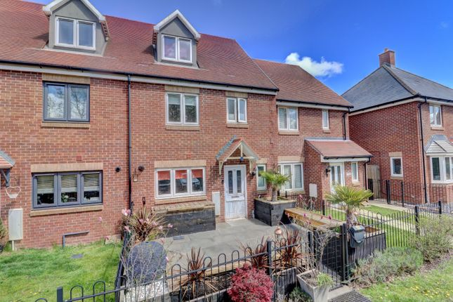 5 bed terraced house for sale in Scholars Rise, Stokenchurch, High Wycombe, Buckinghamshire HP14