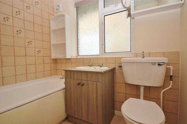 Bathroom of Galley Field, Abingdon-On-Thames OX14