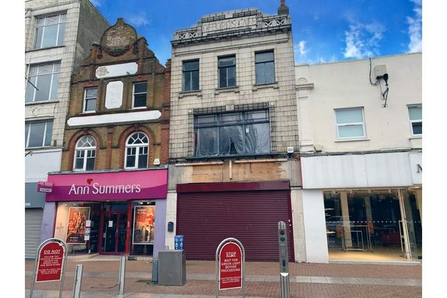 Thumbnail Retail premises for sale in 86 High Street, Southend On Sea