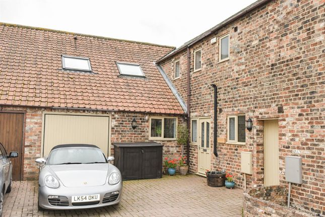 Thumbnail Barn conversion to rent in The Old Dairy, Brocket Court, Acaster Malbis