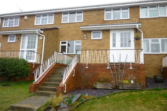 Thumbnail Property to rent in Sinclair Close, Gillingham