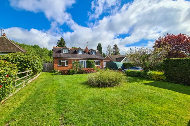 4 bed property for sale in Blackberry Road, Lingfield RH7