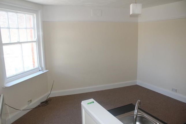 Thumbnail Flat to rent in St Nicholas Street, Weymouth, Dorset
