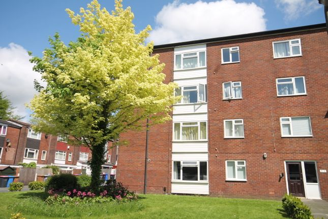 Thumbnail Flat to rent in Chomlea Manor, Claremont Road, Salford