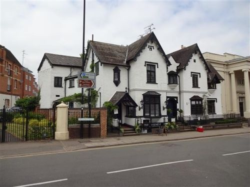 Thumbnail Semi-detached house for sale in Leamington Spa, Warwickshire