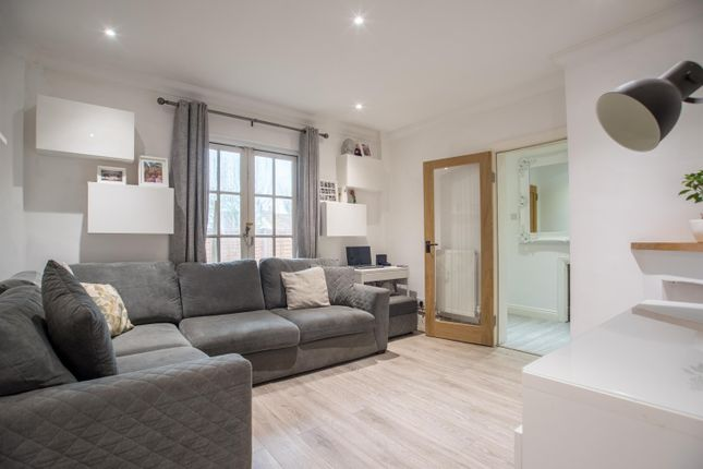 Thumbnail Flat for sale in Ocean Drive, Ferring