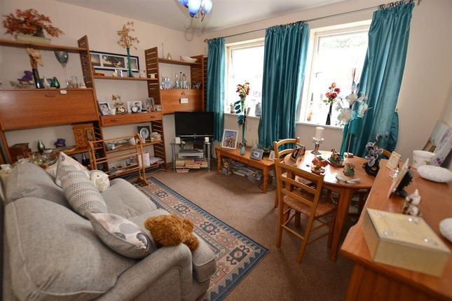 Lounge of Hern Road, Brierley Hill DY5