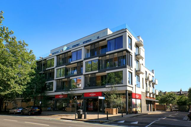 Thumbnail Flat for sale in Noble House, Kings Place, London